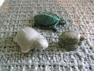 Lovely Wade & other Ceramic Turtle Figurines * -  3 shades of green