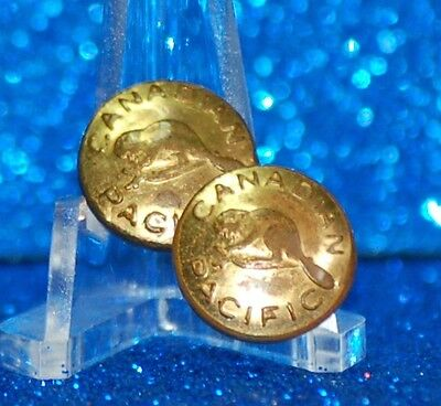 CANADA - CANADA PACIFIC RAILWAY UNIFORM BUTTONS - gold coloured