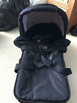Mountain Buggy Duo Carry Cot