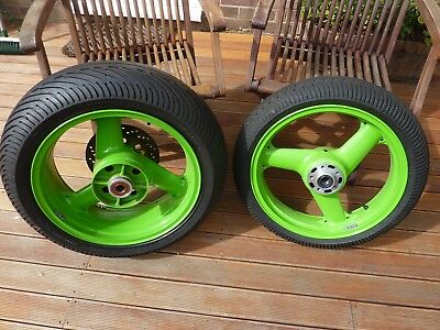Kawasaki Zx7R Front & Rear Wheel With Wet Tyres / Golden Era / Track Day Wets