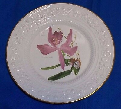 """Leedsware Classical Creamware V&A Museum 8"""" Orchid Plate"""