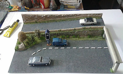 Model Road Diorama Rac Figure And Van Plus Other Vehicles 1;43,1:50 Scale