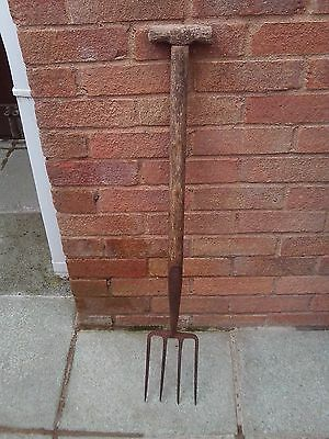 Vintage Garden Fork - BULLDOG 4 PRONGED FORK MADE IN ENGLAND - READ DESCRIPTION!