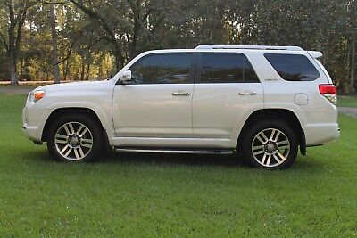 2013 Toyota 4Runner Limted 2013 Toyota 4-Runner Limited 2wd--Hard Loaded ! Exceptional condition !