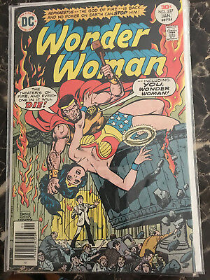 Wonder Woman #227 (1942) & Wonder Woman #8 (1987). Lot Of 8 Comics