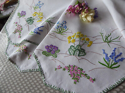 Vintage Embroidered Linen Tablecloth=Exquisite Raised Spring Flowers