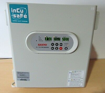 Sanyo o2/co2  Laboratory Incubator Model  MCO-5m