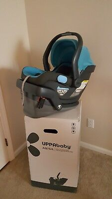 Uppababy Mesa Infant Car Seat With Base