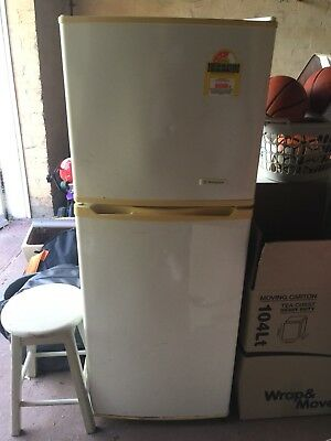 Westinghouse Refrigerator 215L working Fridge And Freezer