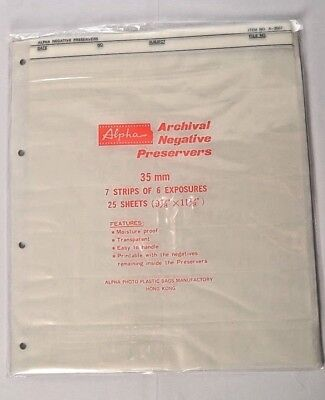 ALPHA ARCHIVAL NEGATIVE PRESERVERS 35mm 25 Sheets * 7 strips of 6 exposures *
