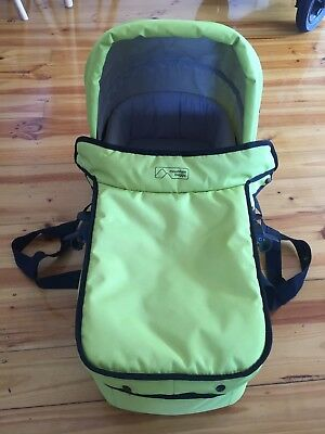 Mountain buggy swift carrycot / bassinet Lime Green
