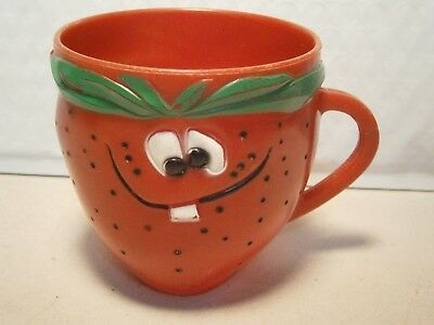 Funny Face Cup Freckle Face Strawberry Plastic Kool Aid Drink Advertising Mug