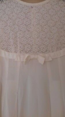 Vintage Lace and Satin 50's Wedding Dress small size