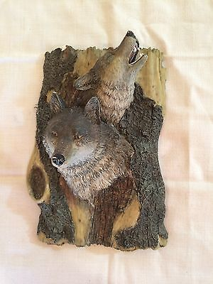 """Vintage~Wolf~Wolves~Wall Hanging~Placque~Collectible7.5"""" x 6""""~CRAFT~DECOR~ART~"""