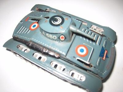 """Tin plate Tank made by Arnold, marked """"made in US Zone of Germany"""""""