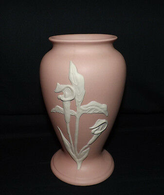 ECanada Art Pottery Urn. Jack-In-The-Pulpit Design. Clear signature. A Beauty.