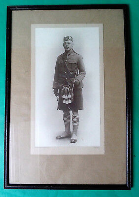 VINTAGE LARGE FRAMED CABINET PHOTO OF A SCOTTISH SOLDIER FROM WW1 / WW2 36cm