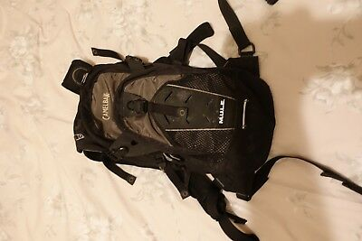camelbak camelback mule hydration pack just needs new bladder for hygiene