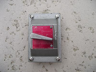 Crouse-Hinds DSD933 Explosion Proof Switch Cover (DS652 with 1pole 20amp switch)