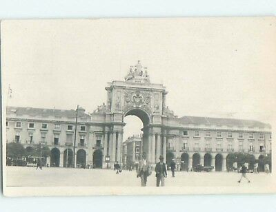old rppc ARCH AND LARGE BUILDING Back Says Lisbon - Lisboa Portugal HM2327