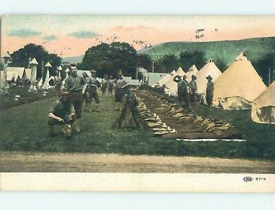 Divided-Back Military TENTS IN US ARMY CAMP HM6850