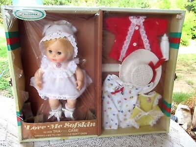 Horsman Love Me Sofskin Doll W Wardrobe & Travel Case Vtg 1970's  Unused 2358