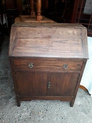 Vintage Oak Writing Bureau 1 Desk With 2 Door Cupboard Below