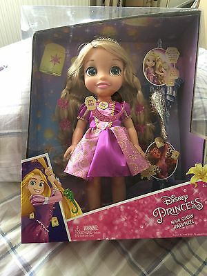 Hair Glow Rapunzel Doll  Lights up and Makes Magical Sounds ! *** Disney..