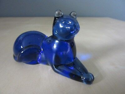 Lovely Colbalt Blue Cat -  The 1986 Franklin Mint Curio Cabinet Cat Collection