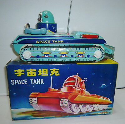 Vintage 1960's Robby The Robot B/o Gyro Action Space Tank Boxed Works Nmint
