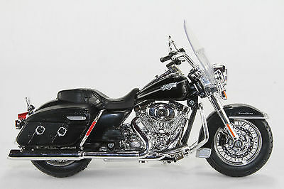 Harley- Davidson 2013 Flhrc Road King Classic Motorbike Diecast Scale 1/12 New