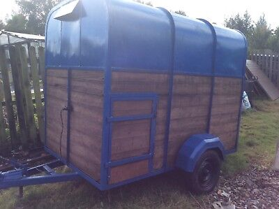 Single axle  pony and sheep trailer, 6x5ft.  good condition.