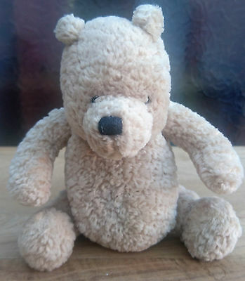 Small Disney Classic pooh bear by Gund (F)