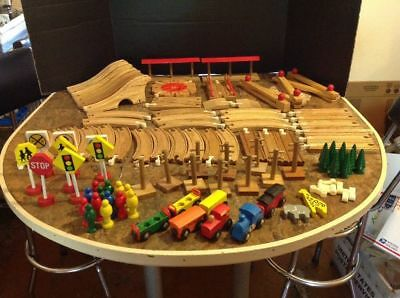Whistlin' Dixie 94 pc. Railroad Kingdom Circus Wood Train Set - BRIO compatible