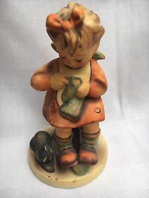 Goebel Hummel Figurine - Girl Knitting  #133