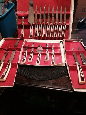 Collectible VINTAGE 19 PC Sheffield English Cutlery Set