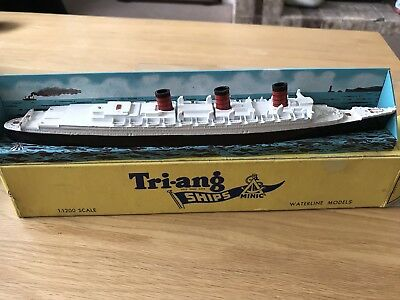 Triang Ships M703S Queen Mary