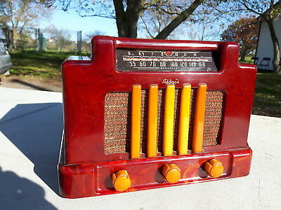 1940 Addison Catalin Antique Tube Radio Red With Butterscotch Trim