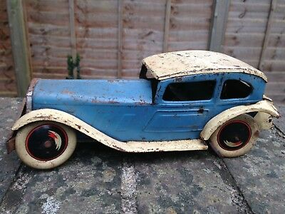 Vintage Tinplate Clockwork Wind Up Toy Car Made In England