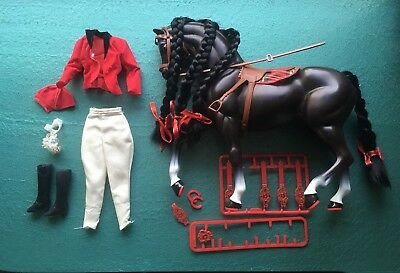 Barbie Sindy Horse  and  Saddle + Horse Riding Gear Set Vintage approx 1990