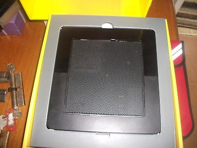EE tv box ****with out remote***