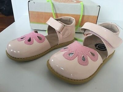 Livie And Luca Girls Patent Pink Petal Maryjane Shoes 12 New With Box