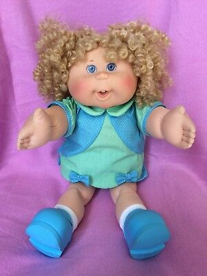 Cabbage Patch Kid Play Along Silk Corn Hair In FULL original Outfit!