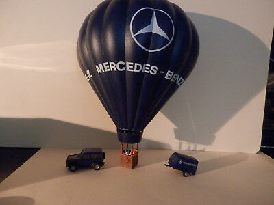 H.O Scale Hot Air Balloon with Vehicle and Trailer