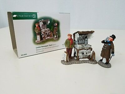 DICKENS VILLAGE Accessory Dept 56 LONDON NEWSPAPER STAND #58560 Set of 2 w/ Box