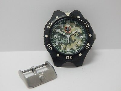 Lumi Nox Series C100 Swiss Made Mens Divers Watch And Stainless Steel Buckle