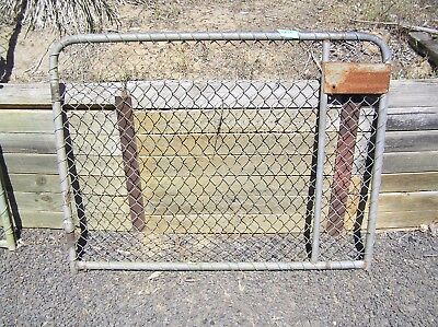 Fence Farm Yard  Cyclone Mesh Gate
