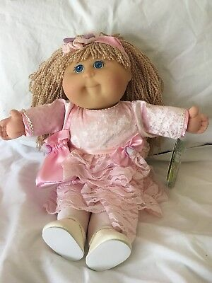 """Cabbage Patch - TRU (Toys R Us) 20"""" Girl, Blonde Crimped Hair, Original Outfit"""