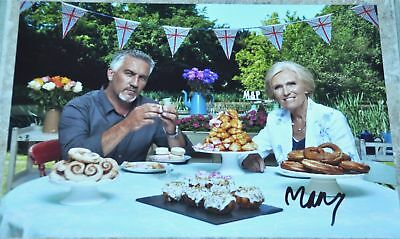 """Mary Berry Signed 12"""" x 8"""" Photo The Great British Bake Off"""