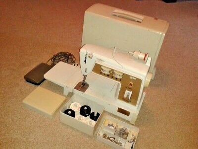 Vintage Singer Electric Sewing Machine Model 760 'Touch & Sew'